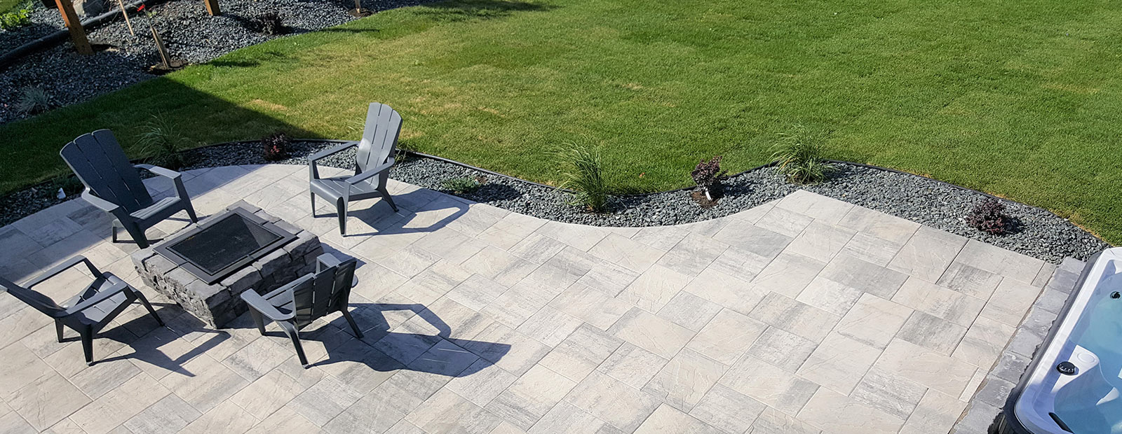 outdoor living - Winnipeg landscaping